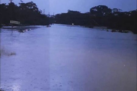 FLOODING ON SOUTHERN HIGHWAY AT JACINTOVILLE